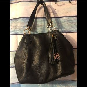 Beautiful Michael Kors pebbles leather bag